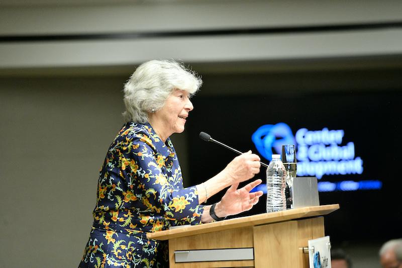Elaine Wolfensohn speaking at CGD