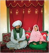 Stephanie Sinclair: Ghulam Haider (11)  Faiz Mohammed (40)
