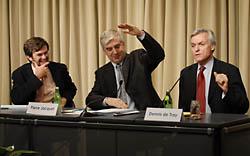 Steve Radelet, Pierre Jacquet, Dennis de Tray