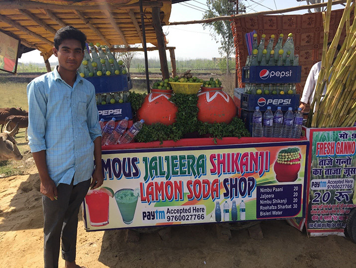 Juice vendor in Delhi accepts Digital Payments