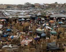 The central market in Kumasi, Ghana. Photo by Jonathan Ernst / World Bank